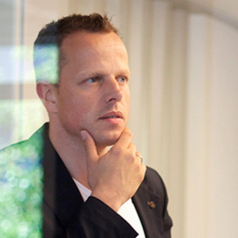 Armin van Boutaren